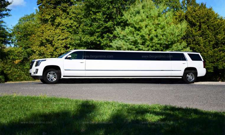 rolls royce phantom wedding rental with White Jet Door Escalade Limo on Rolls Royce Hire France together with Novato Range Rover Stretch Limo additionally 42 Passenger Limo Coach Party Bus further Vendor Orlando Wedding Cars in addition Pictures Of Pearl White Cars.