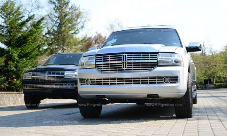 14 Pass Silver Lincoln Navigator Limo In New Jersey Amp Ny