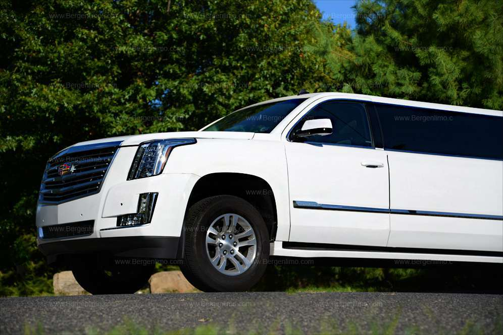 brand new white cadillac escalade stretch limo. Black Bedroom Furniture Sets. Home Design Ideas